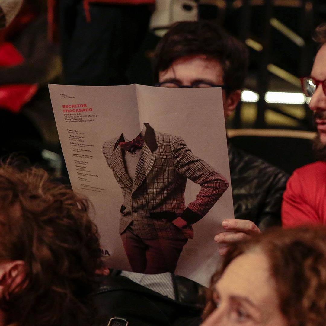 Diseño de afiches Teatro Nacional Argentino - Teatro Cervantes - Escritor fracasado